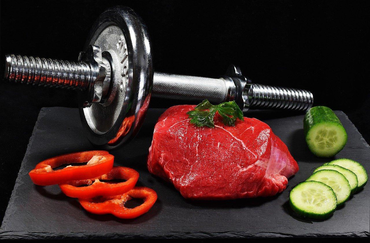 co jeść przed i po treningu